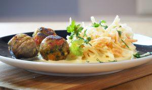 Kottbullars with coleslaw
